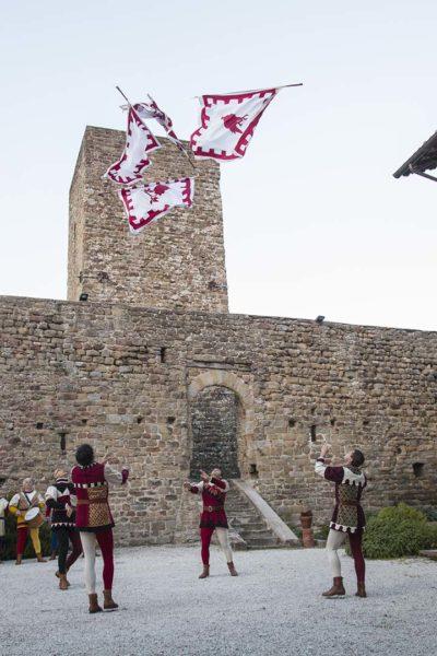 Sbandieratori di Gubbio al Castello di Petroia