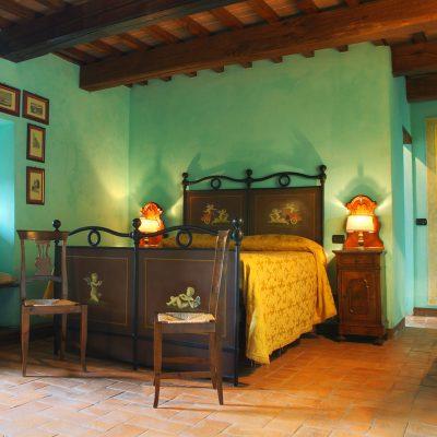 /en/rooms-relais-umbria/bedrooms-nobiliari