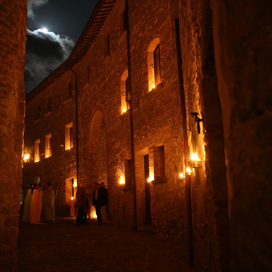 la_magia_del_castello_a_lume_di_candela